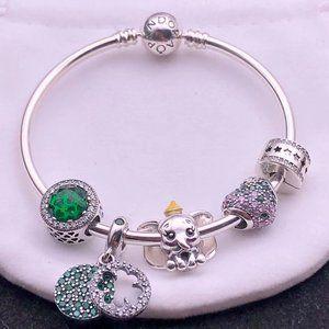Pandora bracelet set with 5 charms